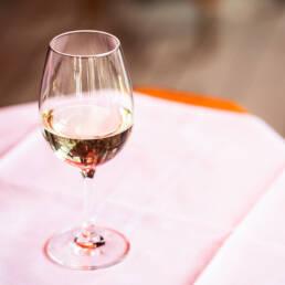 prise de vue vin blanc studio13paris